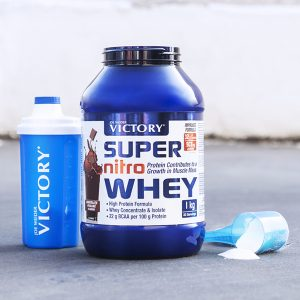 suplemento super nitro whey de chocolate